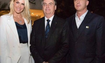 """Ana Hicckmann encontra Bolsonaro: """"Honra em conhecer nosso presidente"""""""
