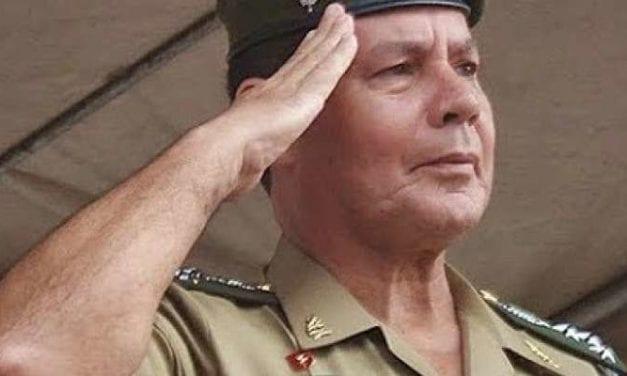 General Mourão é bastante aplaudido ao fazer discurso de contundente sobre missão do Gov. Bolsonaro