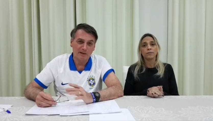 Bolsonaro diz que artistas bajulavam figuras como Lula e Che Guevara por conta da lei Rouanet