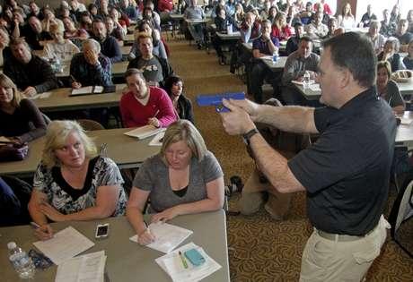 Florida-EUA autoriza o porte de arma para professores em sala de aula
