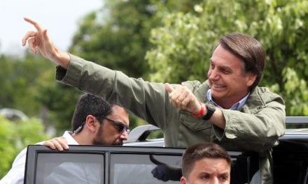 """Bolsonaro manda recado a Brasileiros: """"Somente com o apoio de todos vocês poderemos mudar de vez o futuro do nosso Brasil!"""""""
