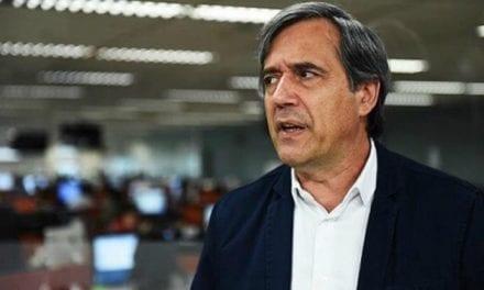 Jornalista da Jovem Pan tenta 'lacrar' pra cima de Bolsonaro e acaba afastado