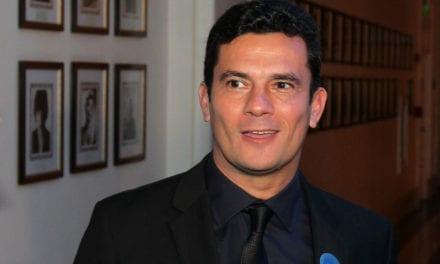 Ministro da Justiça, Sérgio Moro usa o Twitter para defender o Governo Bolsonaro
