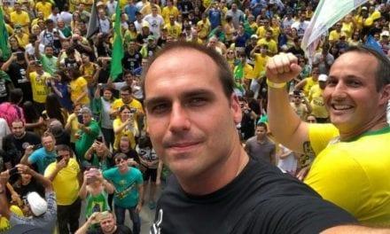 Eduardo Bolsonaro revela terrível plano da esquerda para derrubar o Presidente com impeachment