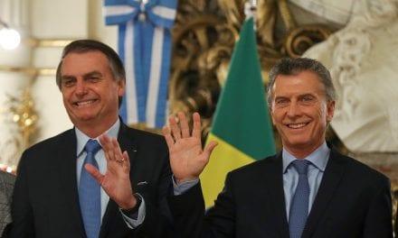 Em visita oficial, Jair Bolsonaro é recebido pelo Presidente da Argentina