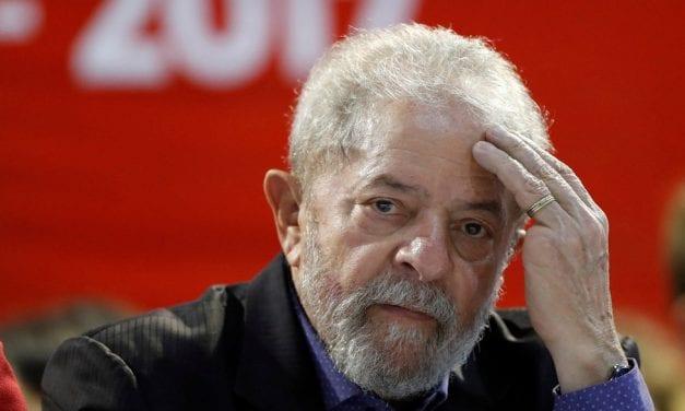 """""""Presidente da República desonesto deveria tomar prisão perpétua"""", diz General Heleno sobre Lula"""