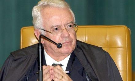 """Ex-presidente do STF sobre Sérgio Moro: """"In Moro, I trust"""""""