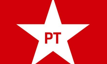 Bolsonaro denuncia a tentativa do PT em prejudicar beneficiários do Bolsa Família, idosos e outros grupos sensíveis