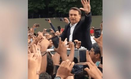 Video: Presidente Bolsonaro é recebido com festa por cidadãos no Pará