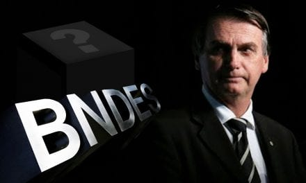 Presidente Bolsonaro manda recado sobre abertura da caixa-preta do BNDES