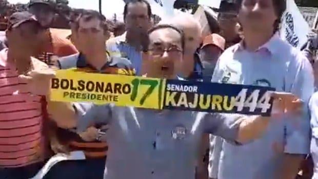 Após polêmica sobre os decretos das armas, Kajuru se encontra com Bolsonaro