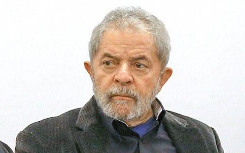Juiz manda bloquear mais de 70 milhões de reais em bens de Lula
