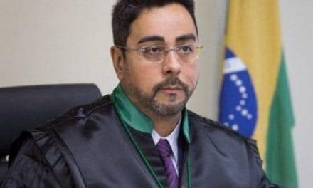 """Bretas defende Lava Jato e refuta site esquerdista: """"Criminosos não têm ética"""""""