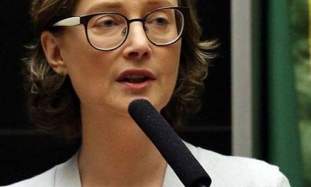 MARIA DO ROSÁRIO PASSOU DOS LIMITES