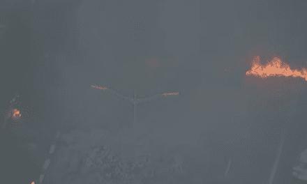 Greve da esquerda: marginais ateiam fogo em pneus na Avenida 23 de Maio