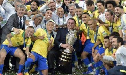 Bolsonaro é chamado de Mito pelos jogadores da Seleção Brasileira (veja o vídeo)