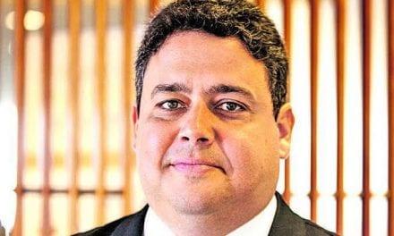 Advogados pedem o afastamento de Felipe Santa Cruz, presidente da OAB