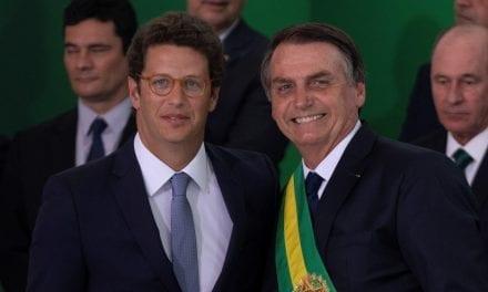 Ministro Ricardo Salles revela ligações de ONG's com a caixa-preta do BNDES