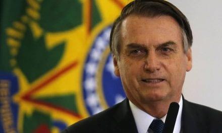 Quem acha pouco os 500 reais, é só não retirar o FGTS, diz Presidente