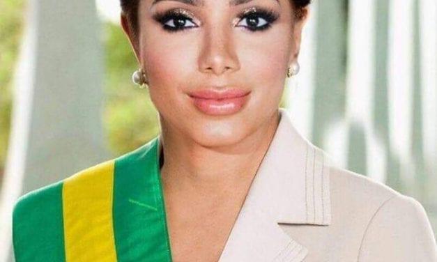 """Após fala sobre Amazônia, cantora é ironizada nas redes e """"Anitta Roussef"""" vira um do assuntos mais falados"""