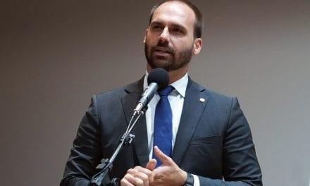 Prefeito de Miami, após reunião, se diz impressionado com Eduardo Bolsonaro