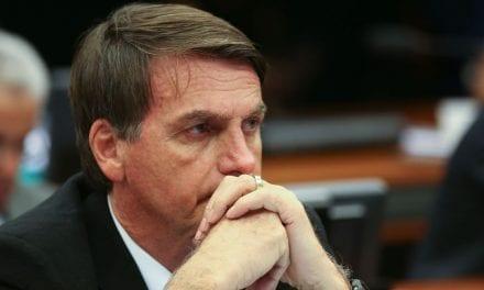 Juiz Federal dá prazo de 72 horas para Bolsonaro falar sobre medidas de combate ao incêndio na Amazônia