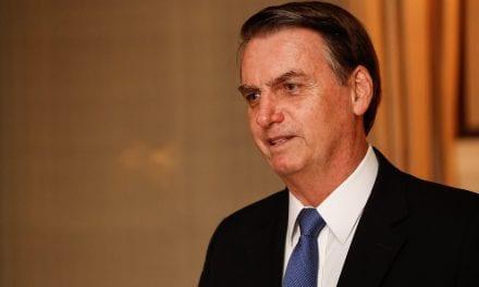 Presidente Bolsonaro comemora a queda de mortes e multas nas rodovias federais após medida tomada pelo seu Governo