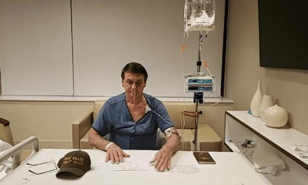 Ofegante, Bolsonaro faz live de apenas 3 minutos no hospital