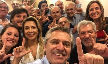 Argentina: Poste de Cristina Kirchner diz que Lula está preso injustamente