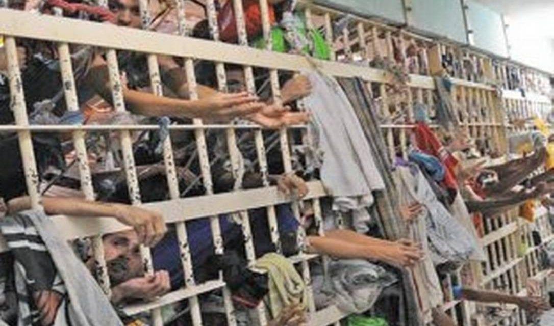Mudança de entendido do STF sobre prisão em segunda instância pode colocar quase 200 mil presos nas ruas, diz deputada (Vídeo)