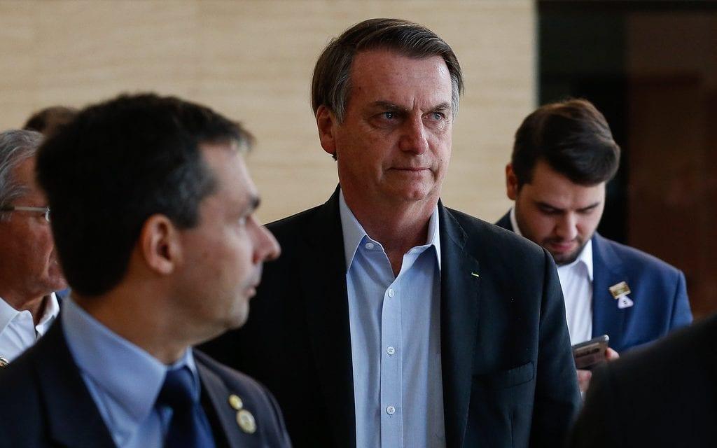 """Democracia? Derrotados nas eleições, esquerda agora pede """"Impeachment de Bolsonaro urgente"""""""