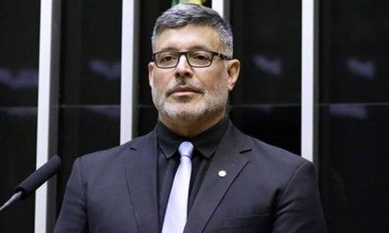Frota conclama a criação de uma Força-Tarefa para derrubar Jair Bolsonaro