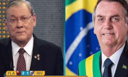 Bolsonaro participa de programa esportivo, parabeniza o Flamengo, e revela para que time torce
