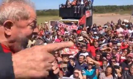 Com somente mil cidadãos de média, caravana de Lula é um fiasco por onde vai