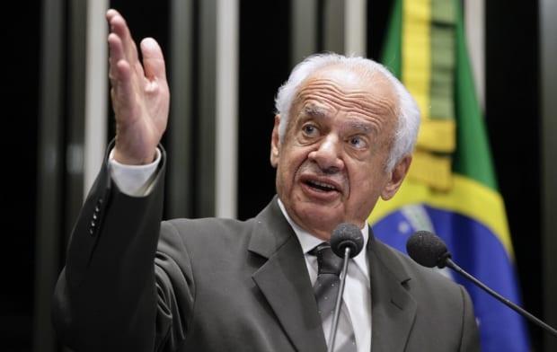 Aos 90 anos de idade, ex-governador do Rio Grande do Sul convoca a população brasileira para as ruas