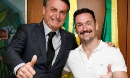"""Diego Hypólito, homossexual assumido, relata ataques após foto com Bolsonaro: """"Nunca fui tão xingado em toda a minha vida"""""""