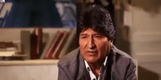 Vídeo: Repórter questiona socialista Evo Morales porque não foi para Venezuela, e ele se irrita