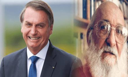 """Presidente Bolsonaro chama Paulo Freire de """"energúmeno"""""""