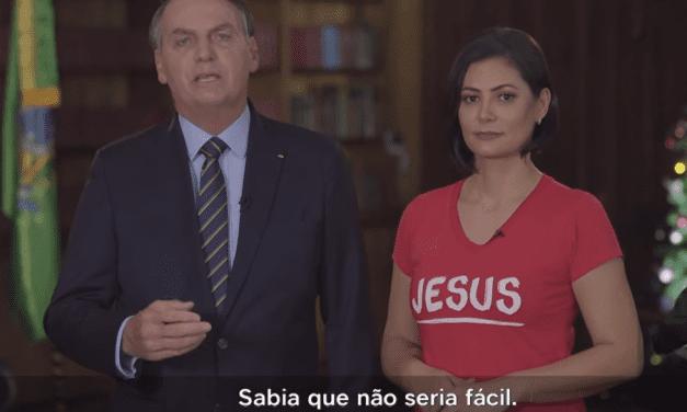 Jair e Michelle Bolsonaro desejam Feliz Natal ao povo brasileiro em pronunciamento em rede nacional