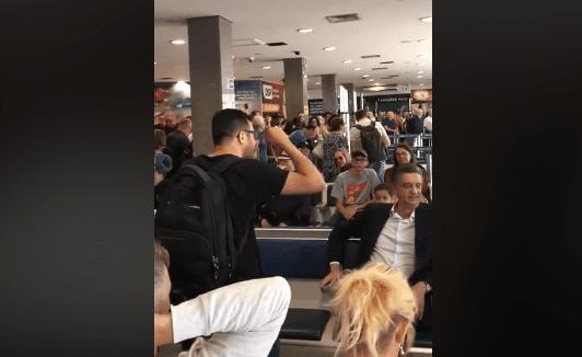 """Vídeo: Em aeroporto, cidadão encontra deputado que votou pelo aumento do fundão e detona: """"Vocês são inimigos da nação"""""""