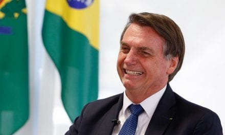 """Jornalista da Globo já vislumbra vitória de Bolsonaro nas próximas eleições: """"""""Bolsonaro é o provável vencedor em 2022"""""""