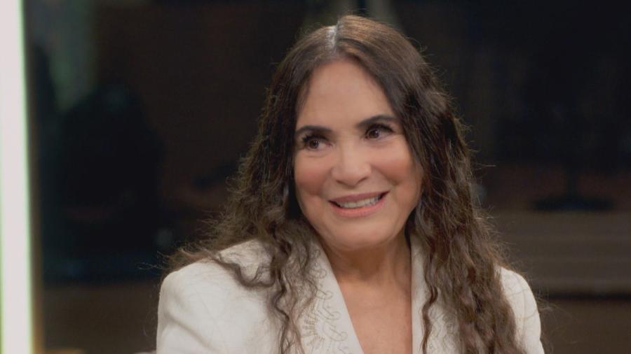 """Regina Duarte conta detalhes do convite: """"Bolsonaro me ligou e disse 'eu quero você"""""""
