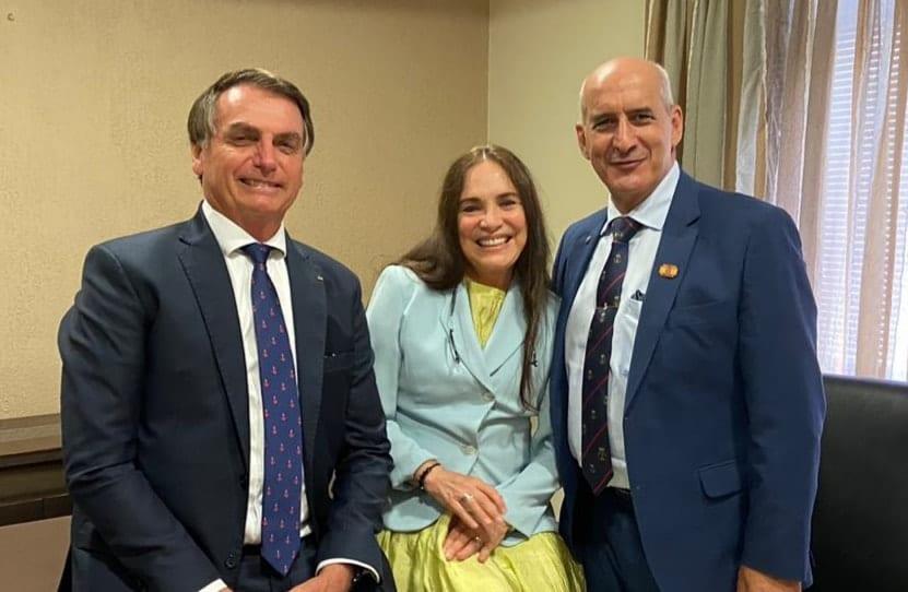 Regina Duarte aceita convite de Bolsonaro, e é a nova Secretária de Cultura do governo