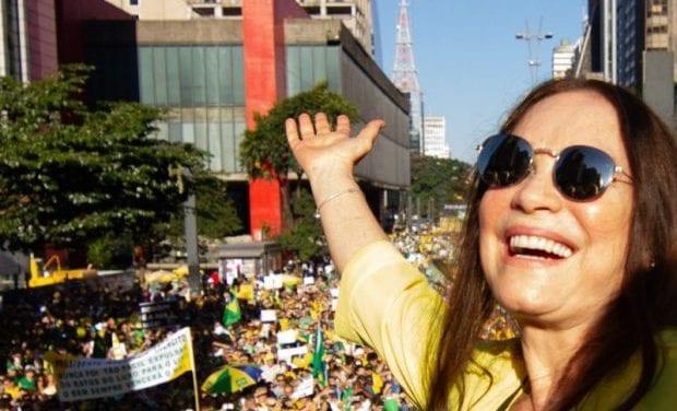 Bolsonaro convida Regina Duarte para posto de secretária de cultura