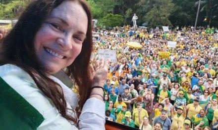 Sim oficial: Atriz Regina Duarte, enfim, assume oficialmente a Secretaria de Cultura do Governo Bolsonaro