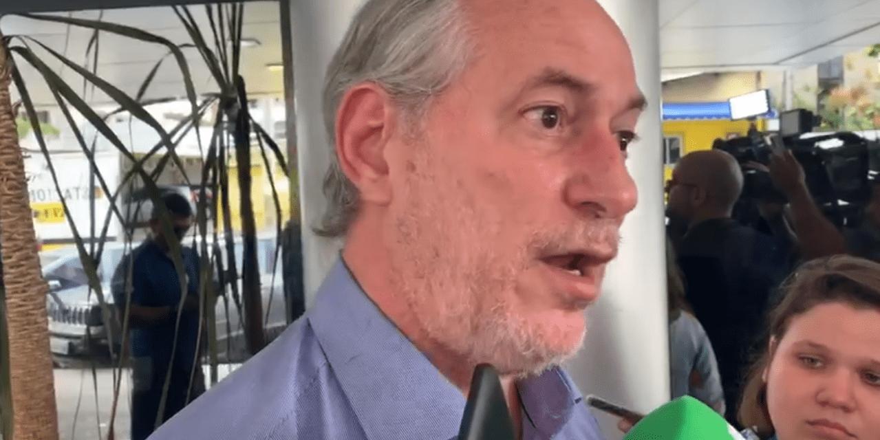 Ciro Gomes culpa Bolsonaro pelos tiros que seu irmão levou e o chama de boçal e canalha