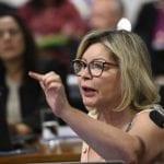 """Juíza Selma afirma que colegas são """"malandros"""" e tentam extorquir Bolsonaro com emenda de R$ 30 bilhões"""