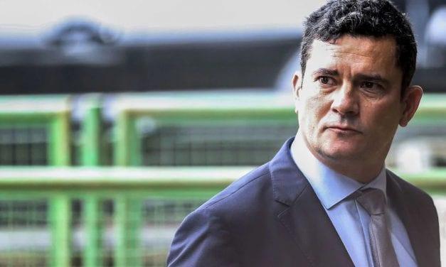 Sem a presença de governador petista, Sérgio Moro desembarca no Ceará