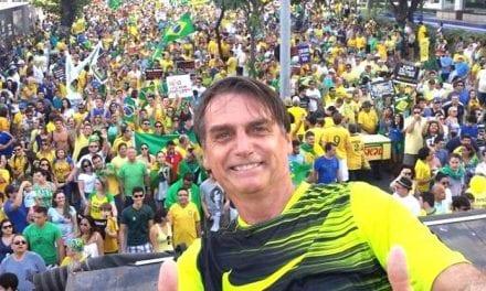 Na web, internautas reagem a esquerda e a opositores de Bolsonaro e viralizam hashtag #Respeitem57MilhõesDeEleitores