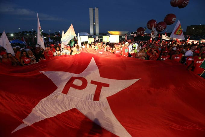 Petistas podem estar armando golpe de estado contra Bolsonaro